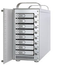 Fusion D800 Dual Port Multiplier 12.0 TB (8x 1.5 TB)